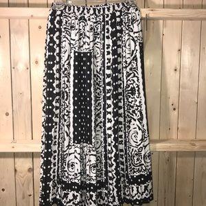 New Howard Wolf pleated skirt black white 4